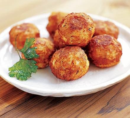 Картофельные шарики с соевым фаршем